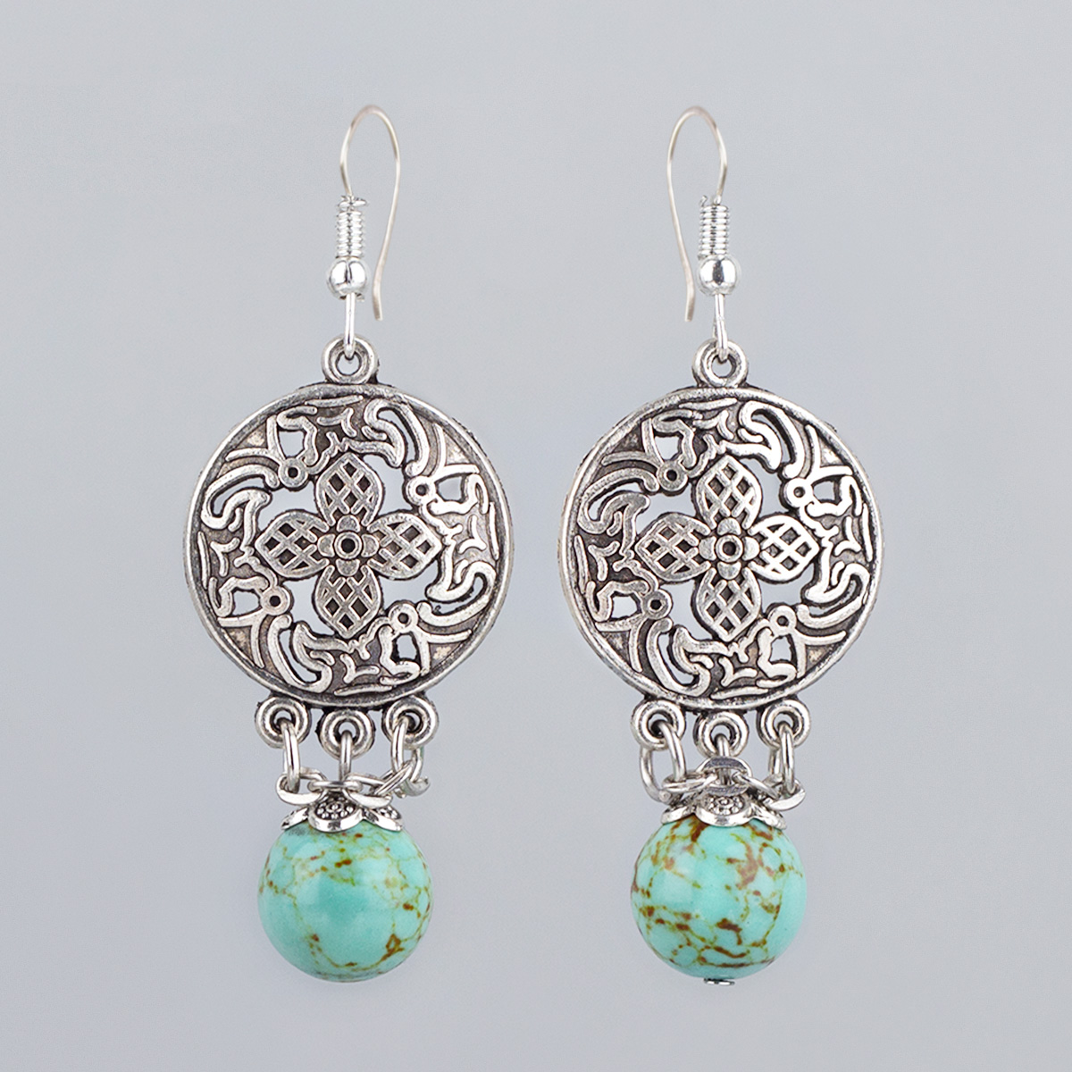 Vintage earrings with turquoise stone, 6 cm
